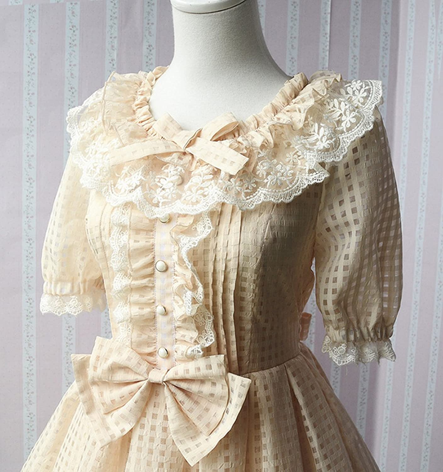 Vintage Style Children's Clothing: Girls, Boys, Baby, Toddler Nuoqi Womens Lolita Victorian Organza Lace Lotus Round Collar Short Sleeve Bubble Dress $59.99 AT vintagedancer.com