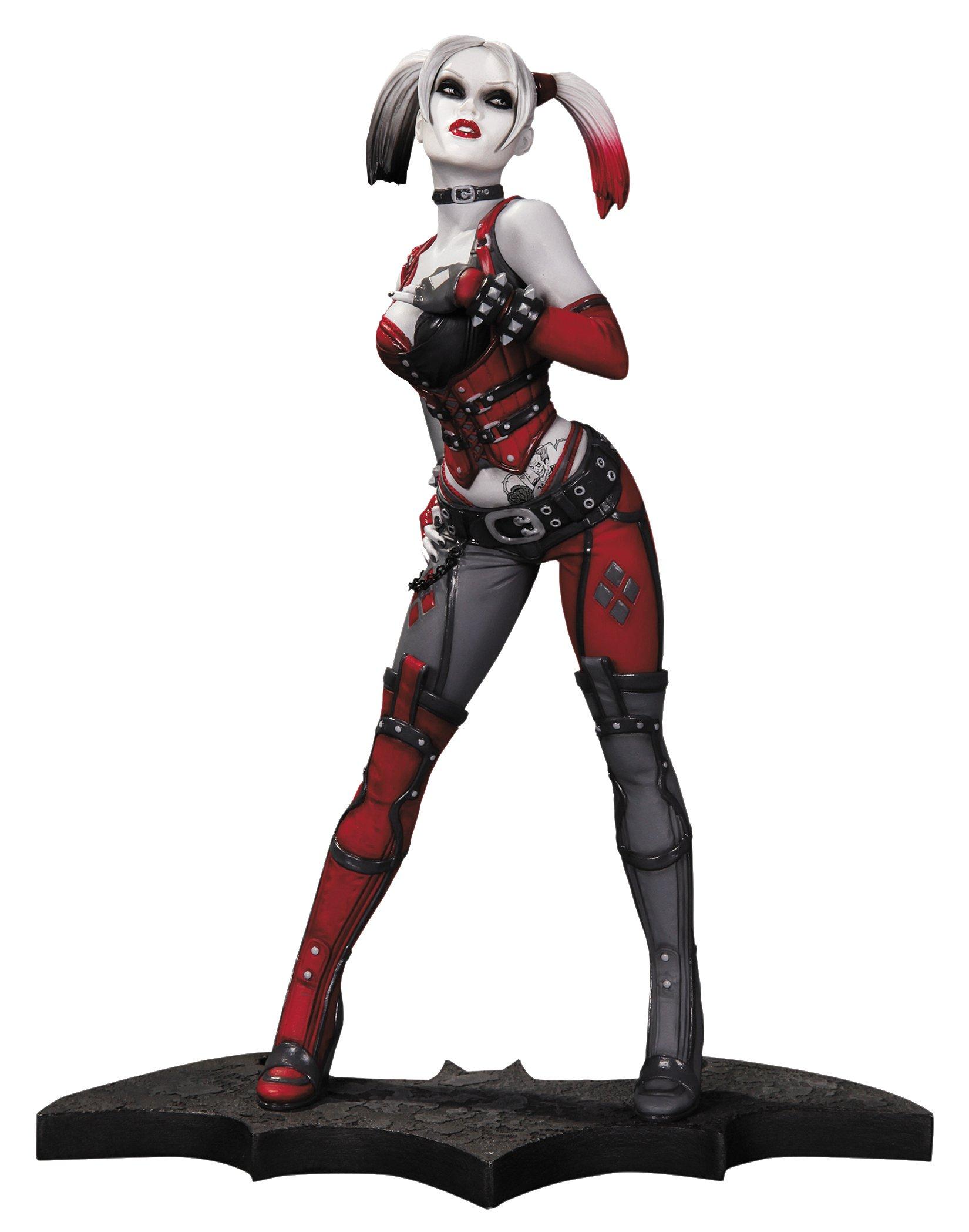 DC Collectibles Batman Arkham City Statue: Harley Quinn