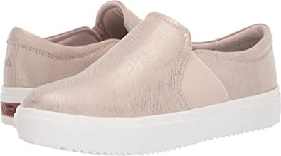 dc0d05cbc86 Dr. Scholl s Women s Wander Up Beach Metallic Denim ...