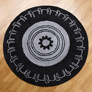One Grace Place Teyou0027s Tires Round Rug, Black And Grey