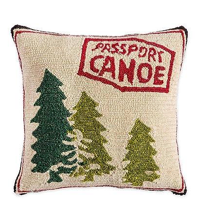 Amazon Com Plow Hearth Indoor Outdoor Hooked Passport Canoe Throw