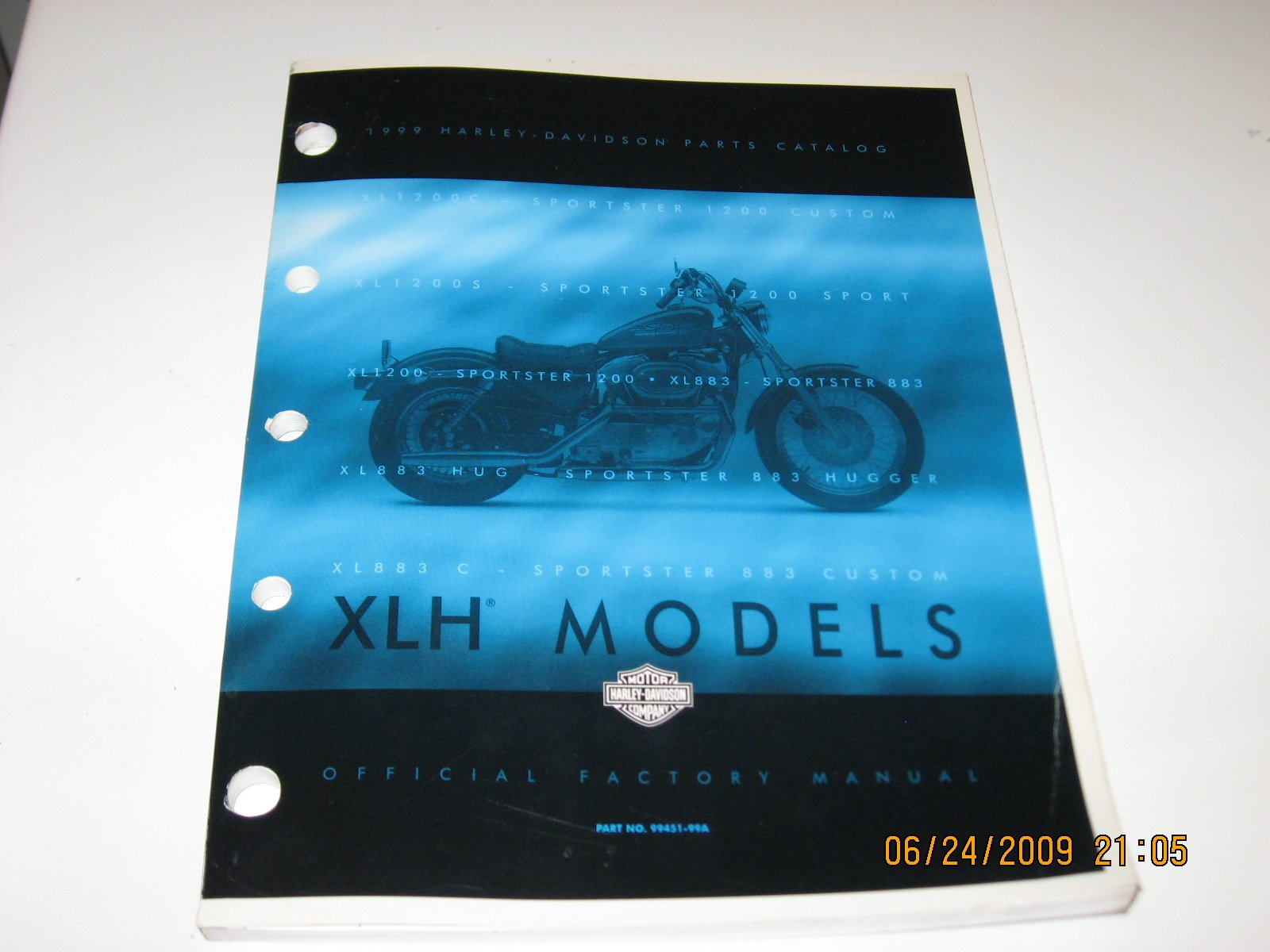 1999 Harley Davidson XLH Sportster Models: Harley Davidson Motor Company:  Amazon.com: Books
