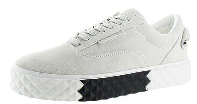 4c35ba1e4 Amazon.com: KENDALL + KYLIE Women's Reign Sneakers: Shoes