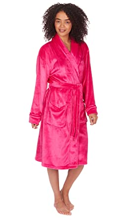86b0e63215 Ladies Women Super Soft Flannel Fleece Shawl Collar Dressing Gown Robe  Nightwear  Amazon.co.uk  Clothing