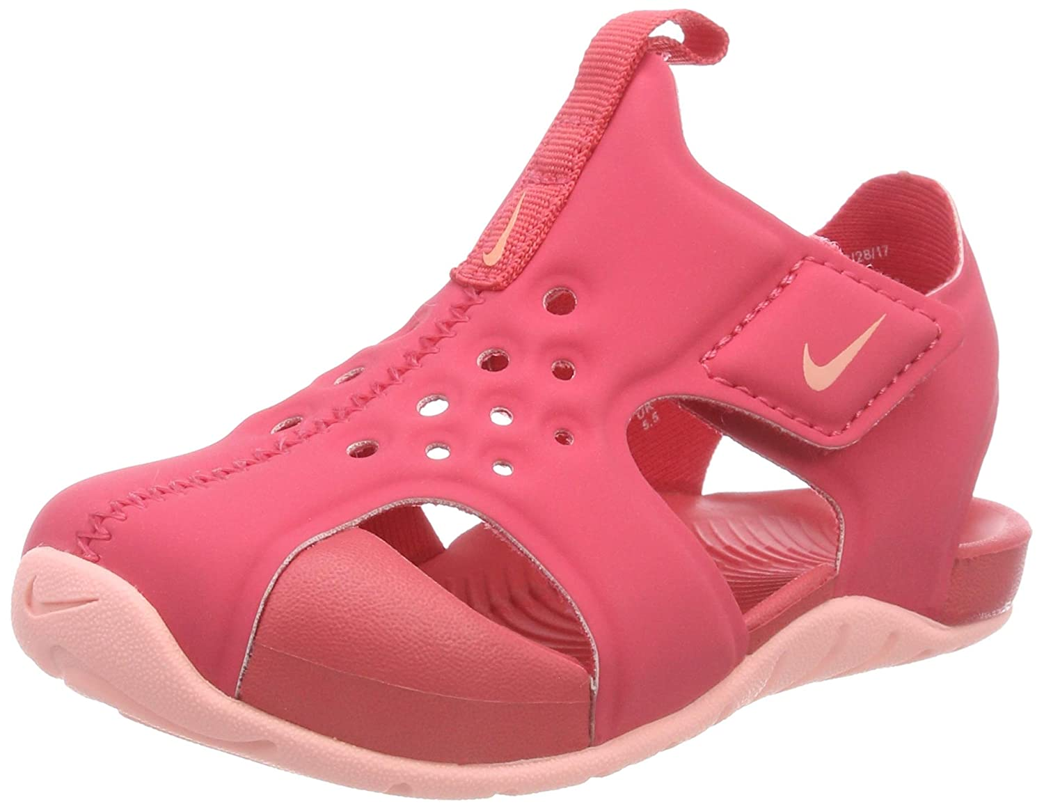 dd360b30a6 Amazon.com: Nike Kids Baby Girl's Sunray Protect 2 (Infant/Toddler): Shoes