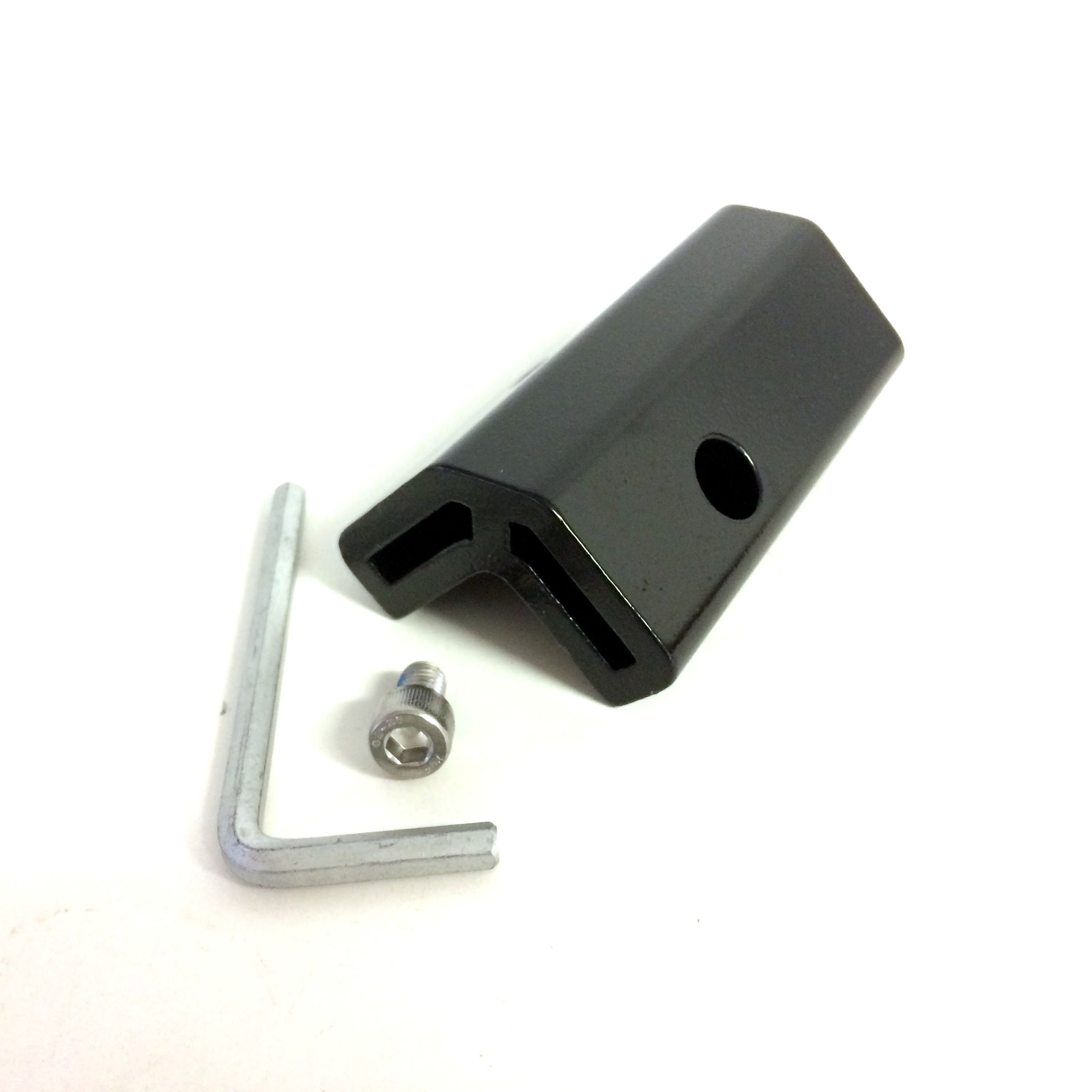 Yakima Replacement Part 2'', Adapter & Screw - 8890342