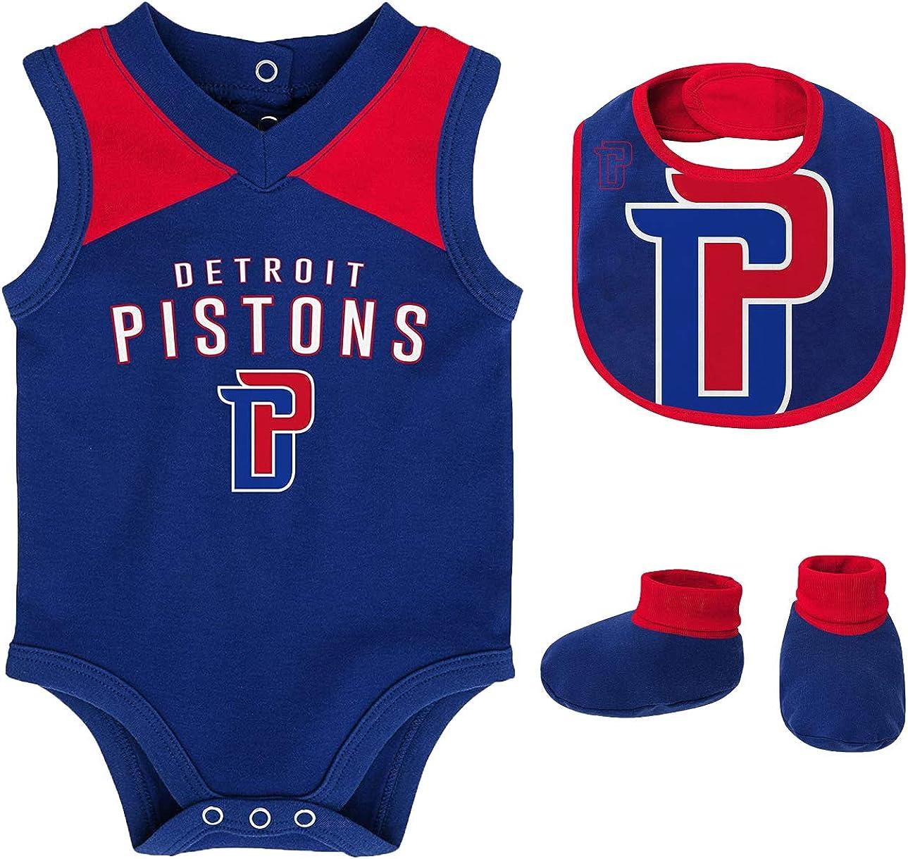 Bib and Booty Bodysuit Set OuterStuff NBA Newborn Infants Overtime 3 Piece Creeper