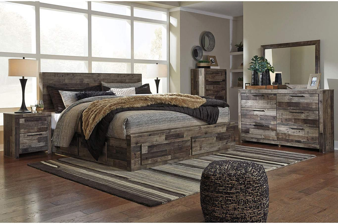 Amazon Com Amazing Buys Derekson Bedroom Set By Ashley Furniture