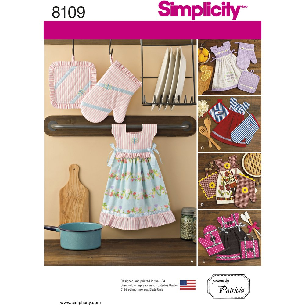 Simplicity Creative Patterns Simplicity Patterns Towel Dresses, Pot Holders and Oven Mitts Size: One Size (One Size), 8109