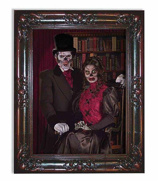 Amazon.com: Forum Novelties Haunted Lenticular Moving Picture Frame ...