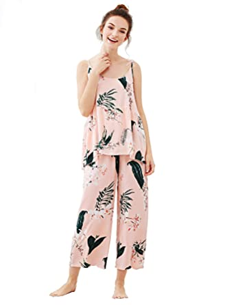 5191841f1aca SweatyRocks Women s 3 Piece Pajama Set Kimono Robes Floral Print Sleepwear  Set with Pants and Robe at Amazon Women s Clothing store