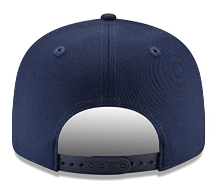 finest selection 72f68 5fcf3 Amazon.com   New Era New York Black Yankees 9FIFTY Negro League Team Thread  Snapback Hat   Sports   Outdoors
