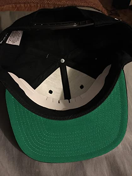 RVCA Men's Twill Snapback Six-Panel Trucker Hat Nice hat but Not the colors shown.