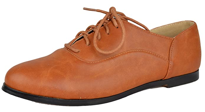 1930s Style Shoes Chase & Chloe Lace Up Oxford $27.95 AT vintagedancer.com