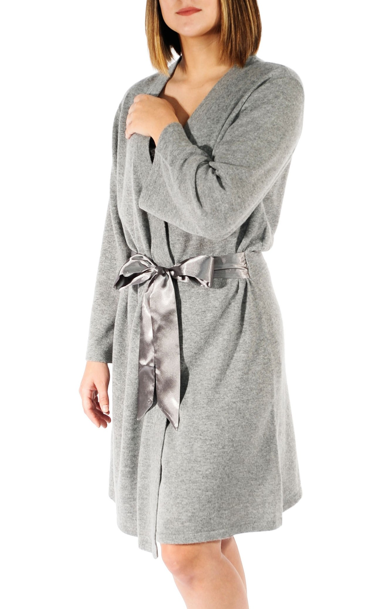 Gigi Reaume 100% Cashmere Women's Robe, Wrap Style, Satin Belt, Short Length (X-Large, Grey Heather) by Gigi Reaume