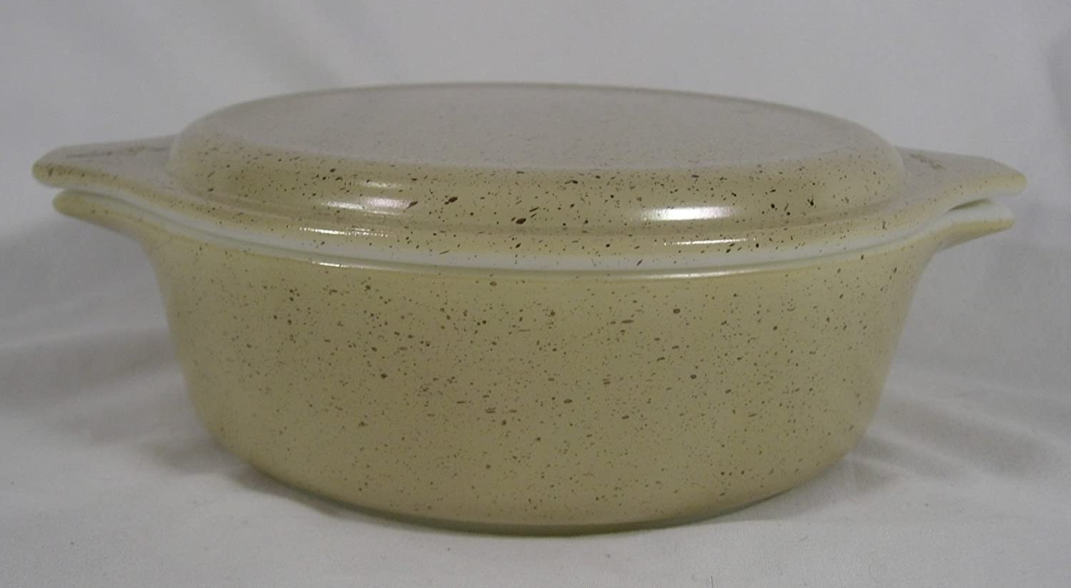 Pyrex Homestead Pattern 1 Pint Casserole With Lid