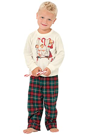 amazoncom pajamagram classic holiday plaid flannel christmas pajamas redgreen clothing