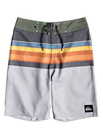 a87c6eba1f Amazon.com: Quiksilver Boys Everyday Swell Vision Youth 18 Boardshort Swim  Trunk: Clothing