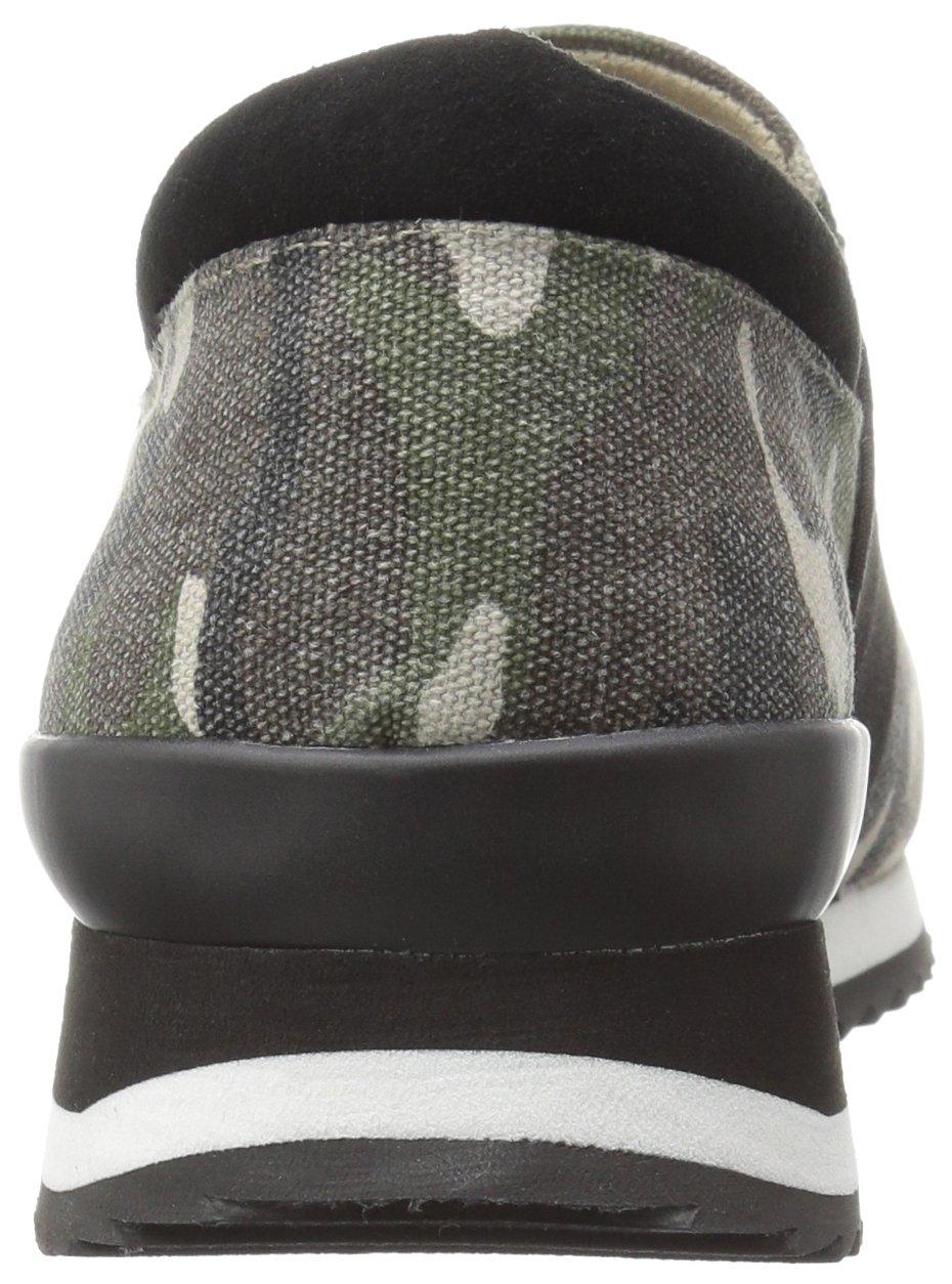 Bella Vita Women's Ezra Fashion Sneaker B01JPOMUZ4 5 B(M) US Camo Canvas