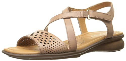e53201d0ae1c Naturalizer Women s Janessa Flat Sandal  Amazon.ca  Shoes   Handbags