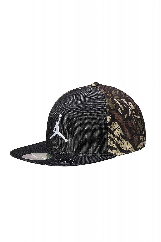4d95df02371d NIKE Air Jordan Youth Jumpman children Snapback Cap Black 9A1590-023   Amazon.co.uk  Clothing