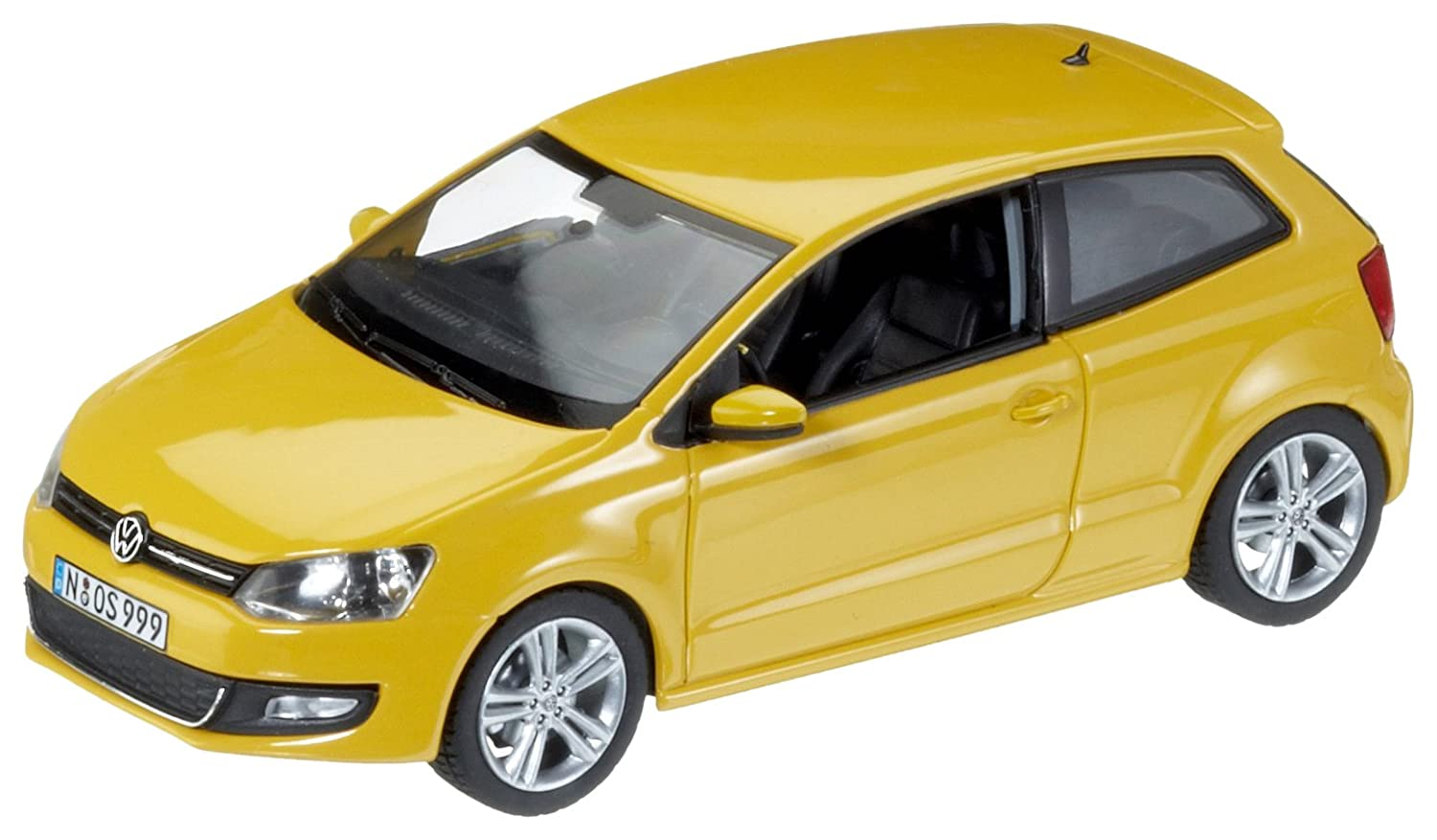 Schuco 450735100 Classic 1:43 - VW Polo Sabana, Amarillo: Amazon ...