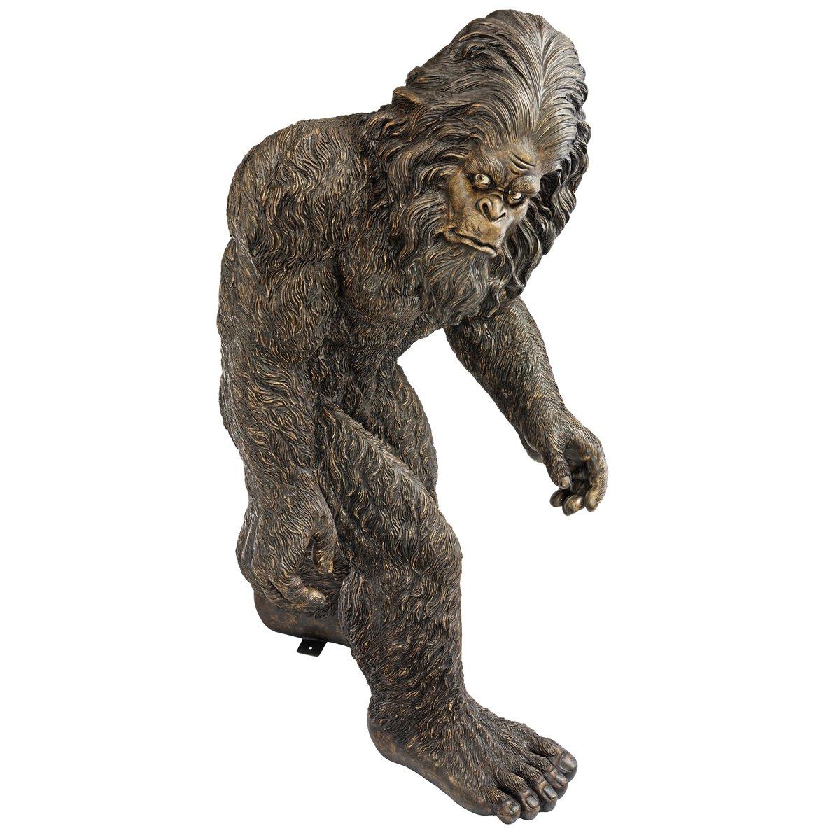 Amazon.com : Design Toscano Bigfoot the Giant Life-size Yeti ...