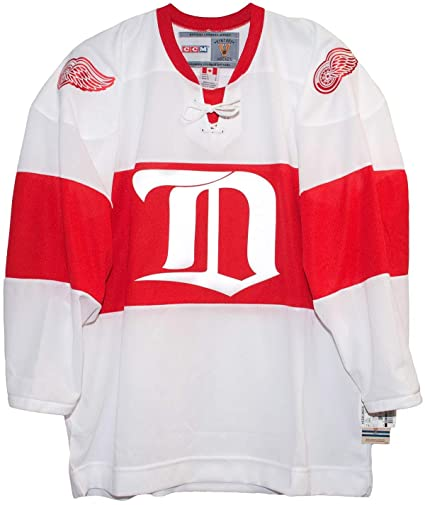 new products e756f 6d3b3 Amazon.com : Detroit Red Wings White Vintage CCM 1926 Jersey ...