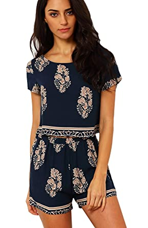 7cf350dc272f89 Image Unavailable. Image not available for. Color: Sheinside Women's Blue  White Short Sleeve Floral Crop Top with Shorts