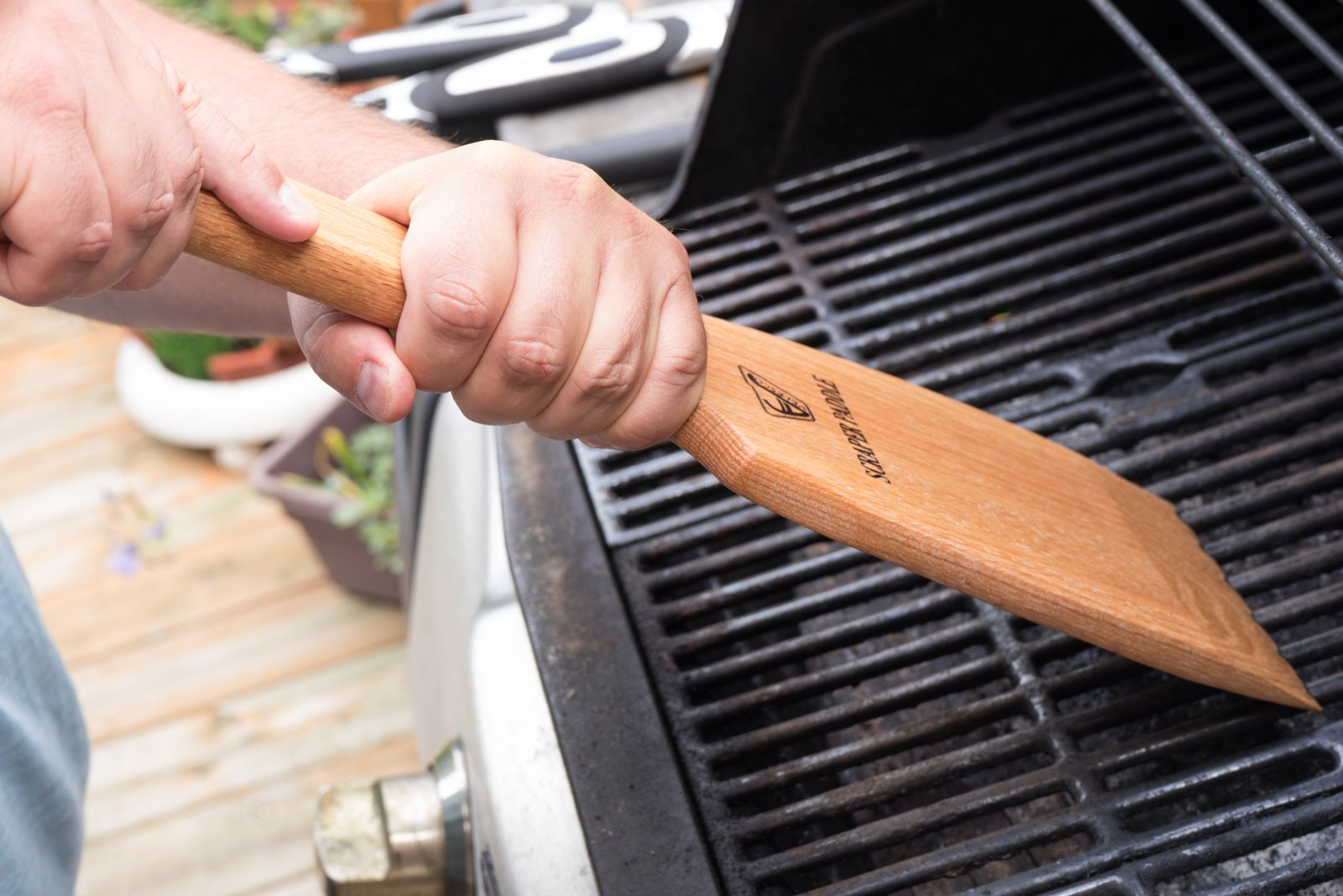 Velesco BBQ Wooden Grill Scraper Cleaner, American Red Oak Wood - Charcoal and Gas - Cleans top and between barbecue grates. Oil & clean grate. Sustainable and safe replacement for wire bristle brush by Velesco (Image #4)