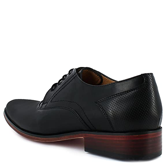 Dress Shoe In Black With Midsole In Contrast Color Wine.