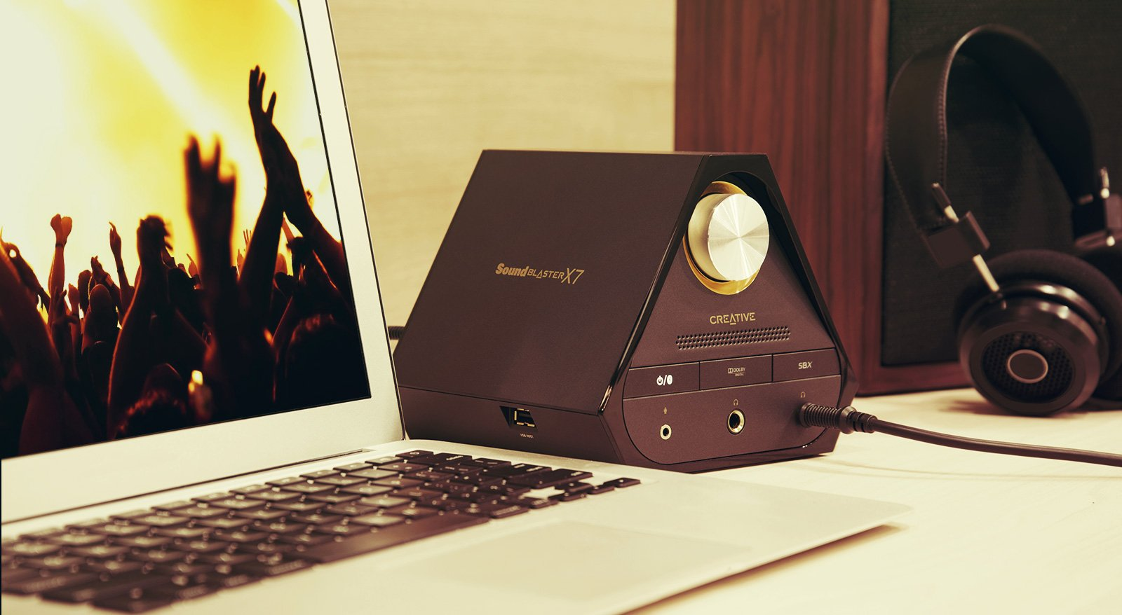 Creative Sound Blaster X7 High-Resolution USB DAC 600 ohm Headphone Amplifier with Bluetooth Connectivity by Creative (Image #5)