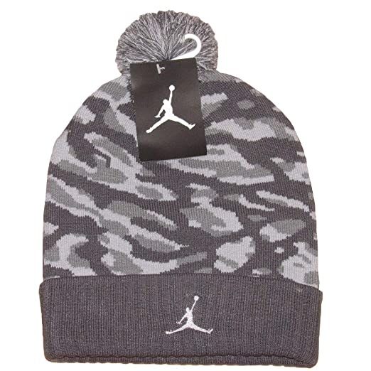 Amazon.com  Jordan Camo Pom Beanie Hat - 686937 021  Sports   Outdoors d775697aa0f8