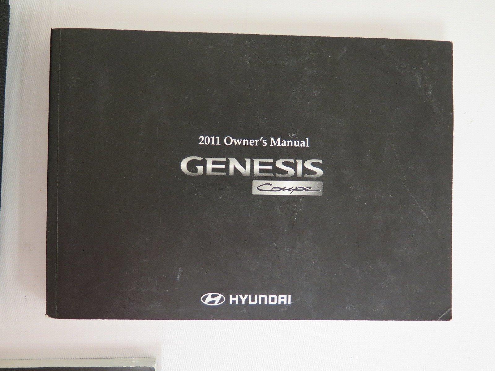 2011 Hyundai Genesis Owners Manual Book: Hyndai Kia Automotive: Amazon.com:  Books