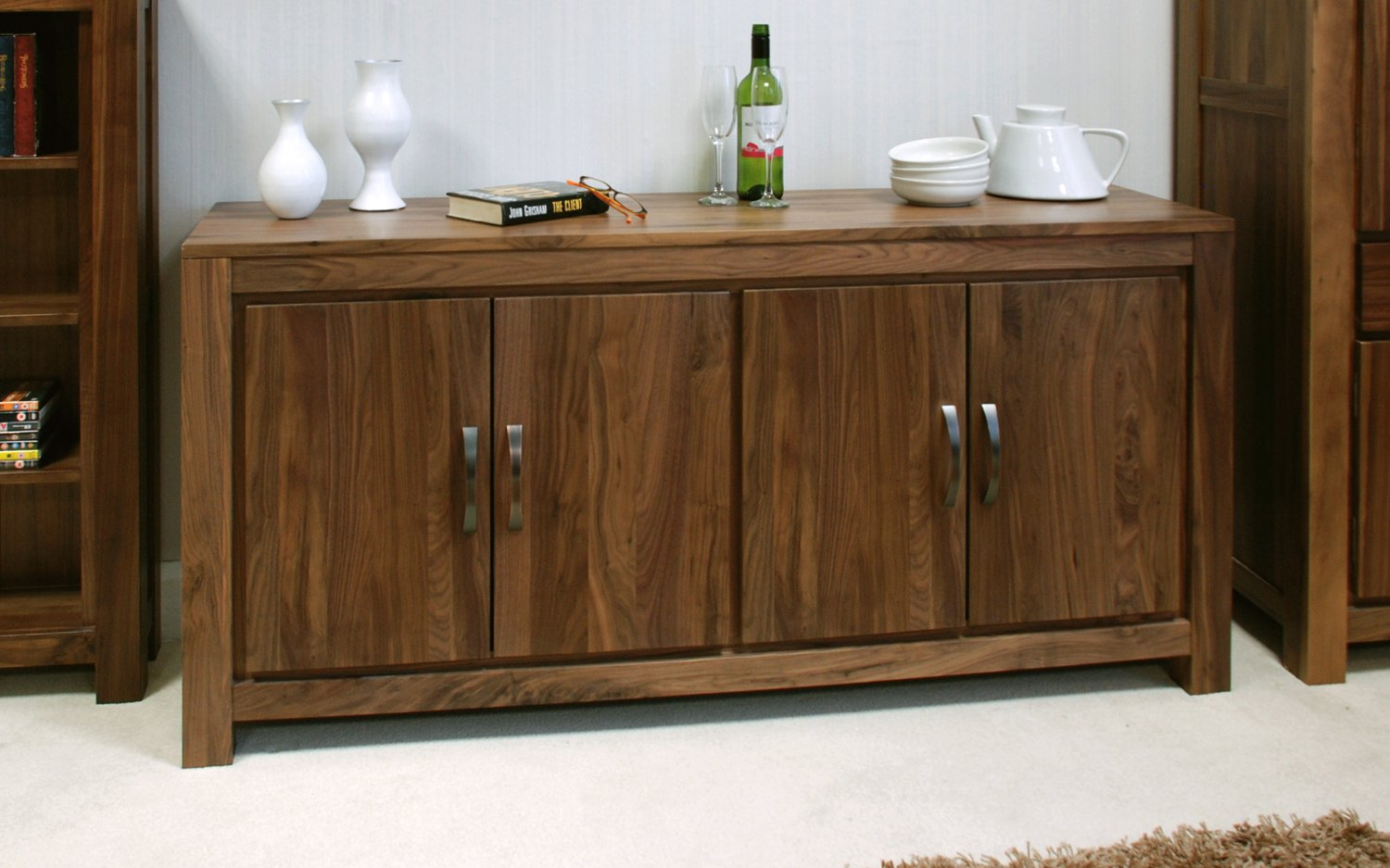 Baumhaus Mayan Walnut Large Low Sideboard Amazon Co Uk Kitchen Home