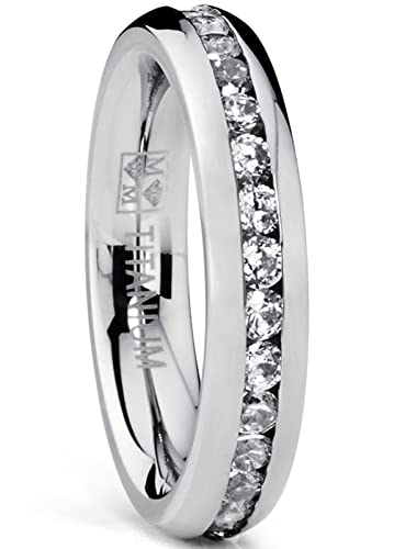 Ultimate Metals Co. ® 4MM Gold Plated Princess Cut women's Eternity Titanium Ring Wedding Band with Cubic Zirconia CZ eEHXBk