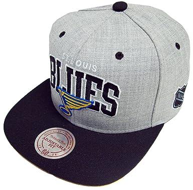 fbcfb6e6090 Mitchell   Ness Scripop NHL St. Louis Blues Snapback Cap EU090 Kappe Basecap