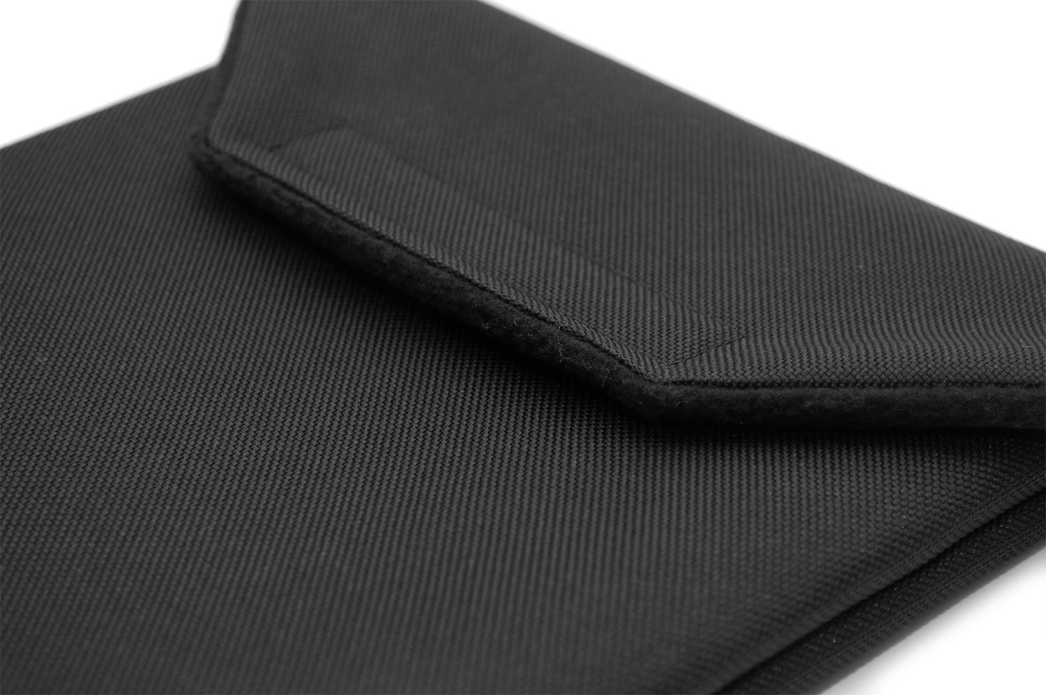 Black Canvas CushCase Sleeve Case for Samsung Galaxy Tab S4 10.5 with Book Cover Keyboard Attached