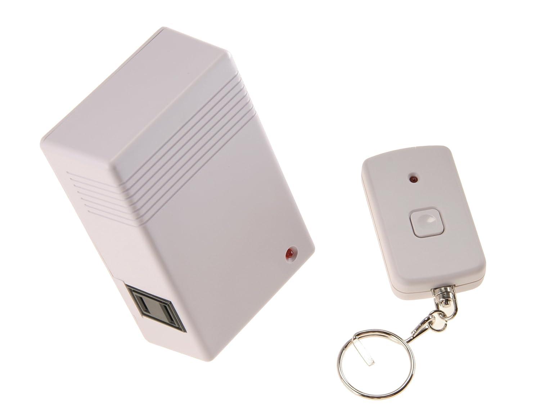 AmerTac RFK106LC Hand Held Transmitter and Plug-in Receiver Westek