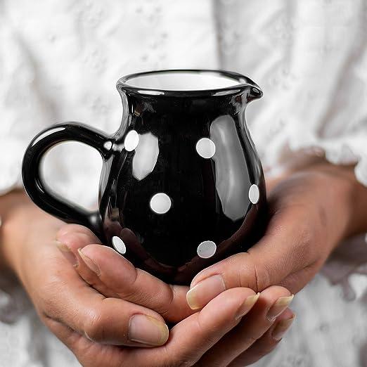 Ciudad a Cottage blanco y negro lunares hecho a mano jarra ...