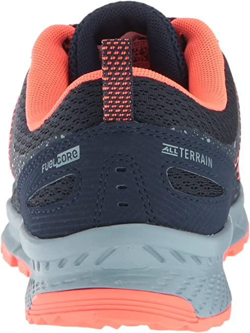 590 V4 Trail Running Shoe