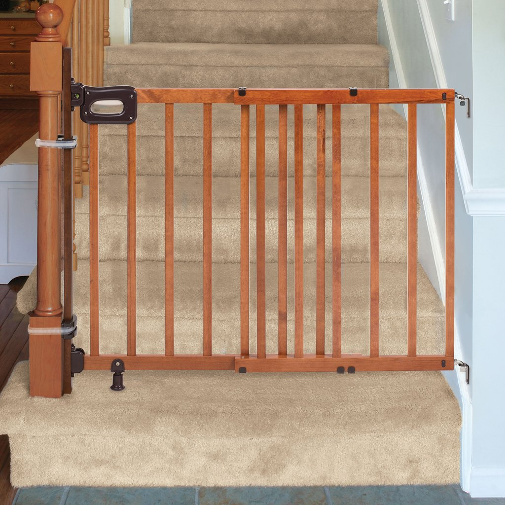 Amazon.com : Summer Infant Banister To Banister Universal Gate Mounting Kit  : Baby