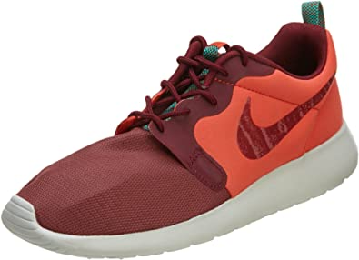 chaussure nike total 90
