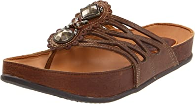 Kalso Earth Women's Rhyme Thong Sandal,Almond,6 ...