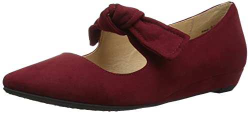 45d5f6725a736 CL by Chinese Laundry Women's Singer Pointed Toe Flat
