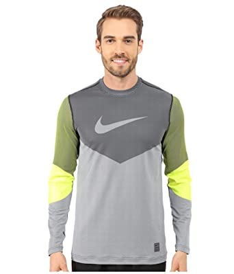 e40d77bfba186 Nike Men's Hyperwarm Dri Max Fitted Lines Long Sleeve Shirt, Volt/Black MD  at Amazon Men's Clothing store: