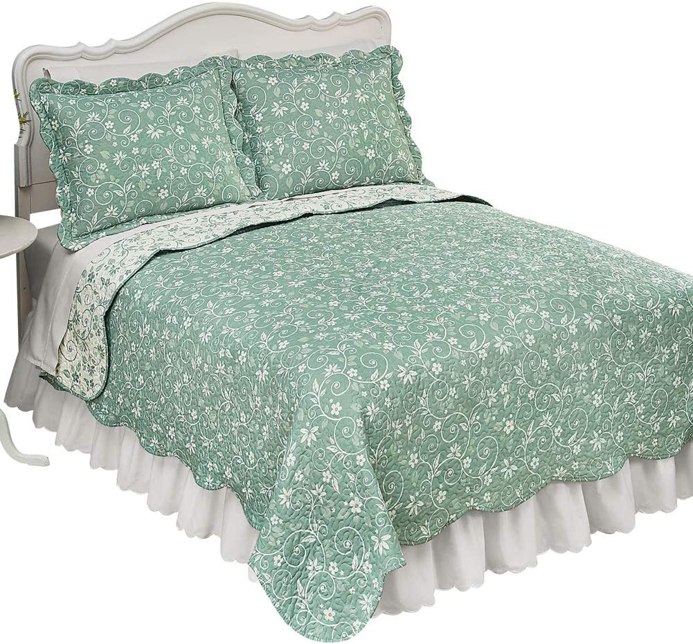 Collections Etc Reversible Floral Quilt with Scalloped Edges and Two-Tone Design, Sage, King