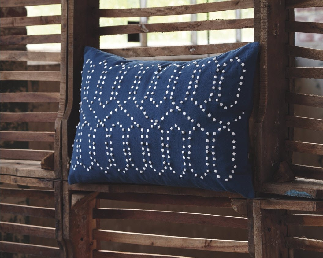 Simsboro Patterned Decorative Throw Pillow Navy Ashley Furniture Signature Design Traditional Cotton Cover