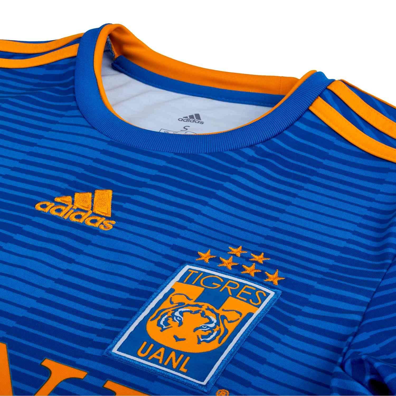 1f4c82a4ee1 Amazon.com : adidas 2018/19 Tigres UANL Away Jersey Medium (Blue/Powder  Blue/Collegiate Gold) : Sports & Outdoors