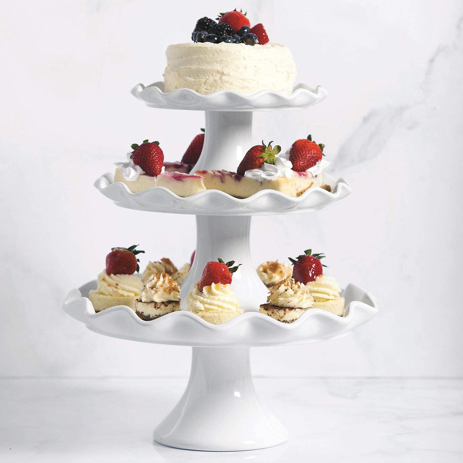 Amazon Com Elegant 3 Piece Ruffled Edge Cake Stand Set Use As Cupcake Stand Wedding Cake Stand Dessert Stand Or As A Stunning Serving Station Kitchen Dining
